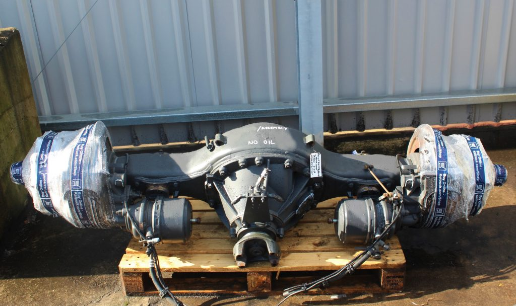 AXLE COMPLETE R560 3.07